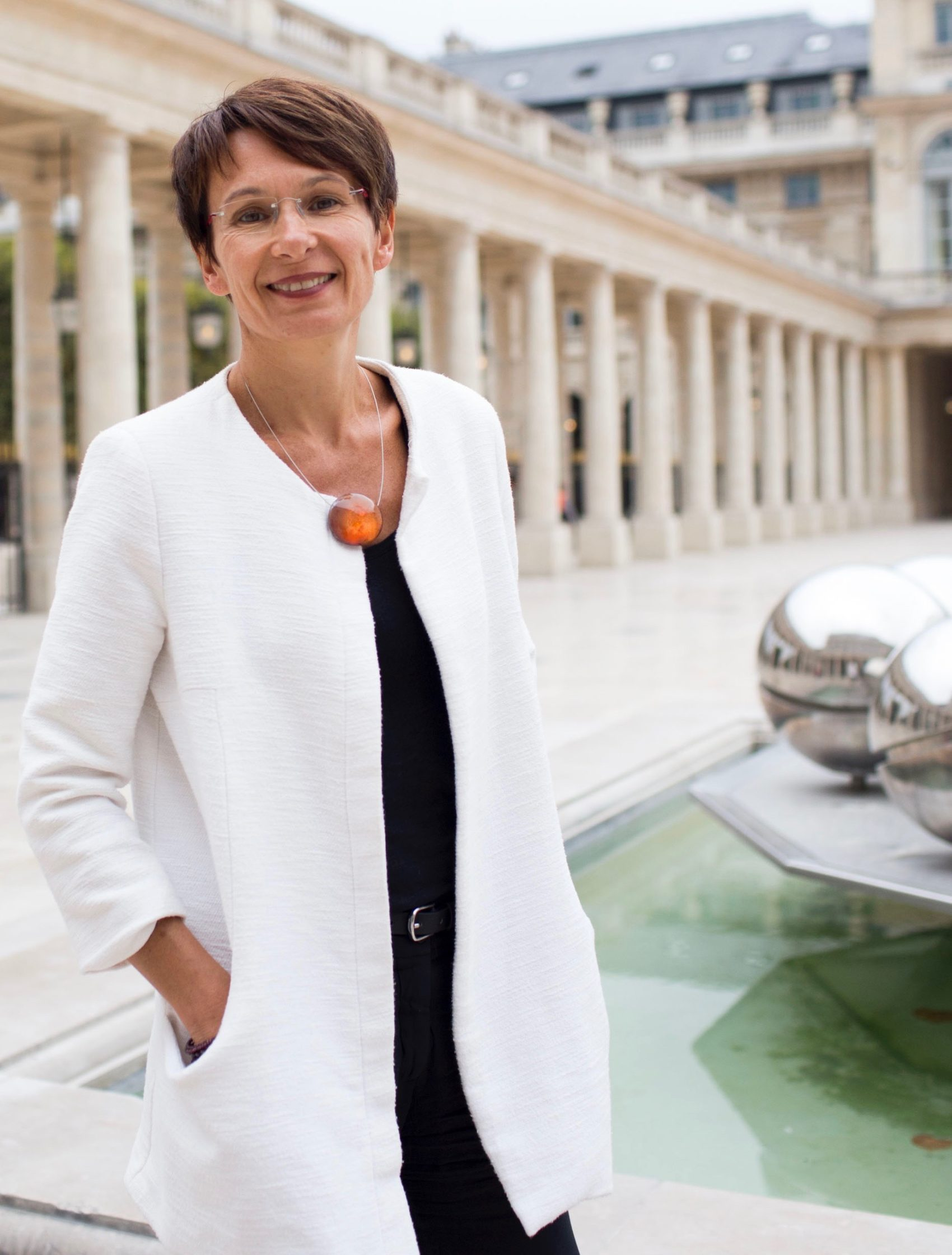Sabine Marbat - Coach - Hypnothérapeute - Consultante